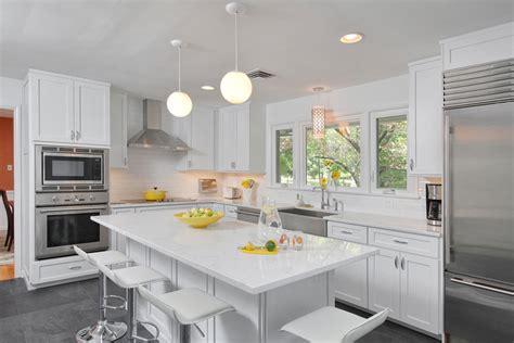 Kitchen Tile Pattern Ideas Brighten Your Kitchen With Sparkling White Quartz Countertop