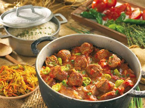 cuisine r騏nionnaise rougail saucisse la cuisine r 233 unionnaise habiter la r 233 union
