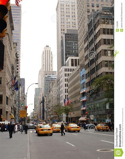 street photography manuale del rue de new york city photo stock image du grattoirs ville 1193296
