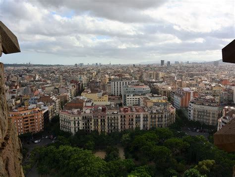 Sagrada Familia & Park Guell Fast Track Ticket and Guided