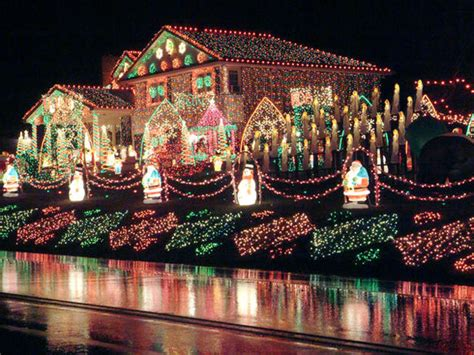 the griswolds lights family spends 82k to light lights clark