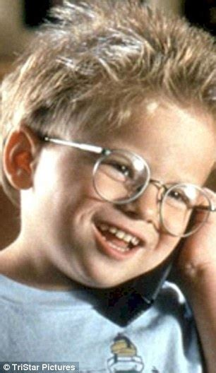 little blonde actor with glasses jerry maguire child star jonathan lipnicki flexes his