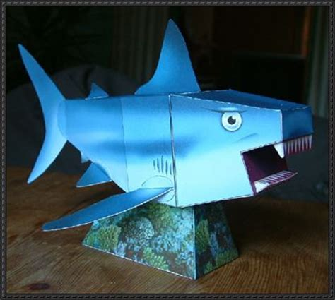 Papercraft Shark - animal paper model shark free template