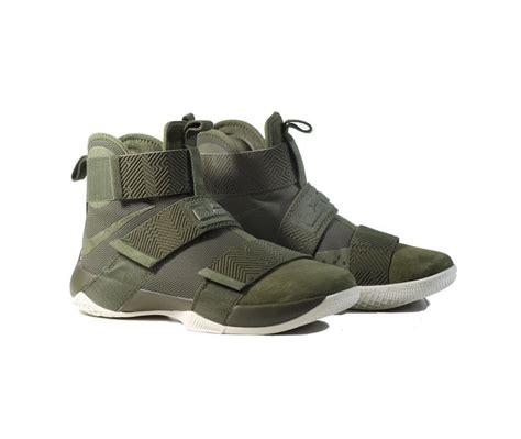 Sepatu Basket Adidas D 5 Nike Lebron Kyrie Ua 339 best kicks images on kyrie 3 tennis and basketball shoes