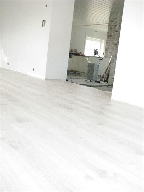 modernes laminat pergo moderne gr 229 eik gulv