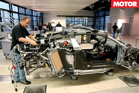 bugatti veyron suspension system bugatti veyron secrets revealed motor