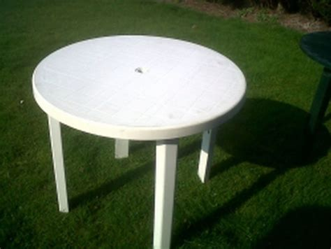 White Plastic Patio Table And Chairs by Secondhand Websites Index Page Outdoor Furniture White