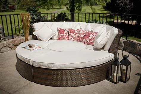 circle patio furniture furniture design ideas astounding circular patio furniture set circular patio furniture resin