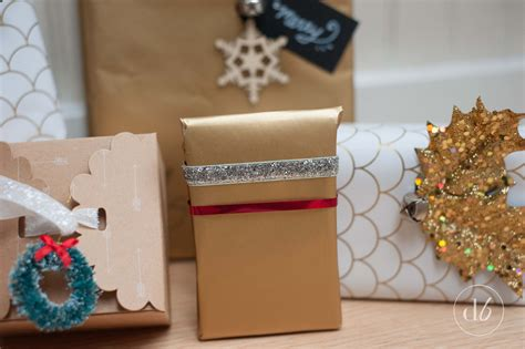wrap gift red white and gold gift wrapping ideas oh my creative