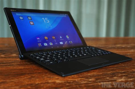 Tablet Sony Z4 sony bkb50 keyboard turns xperia z4 tablet into laptop