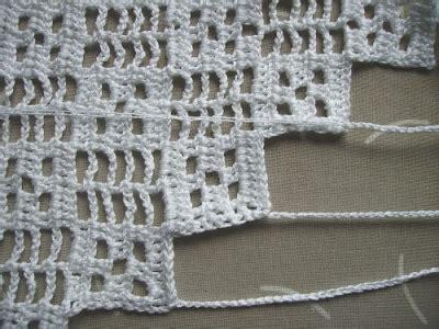 Rideau Crochet Patron by Rideau Crochet Je Me Depeche Madame Crochet La Femme