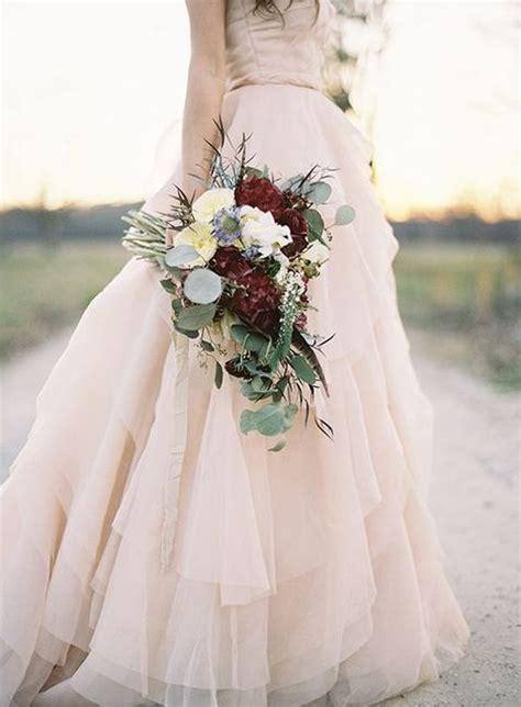 hochzeitskleid blush 28 refined burgunder und blush hochzeit ideen mode kreativ