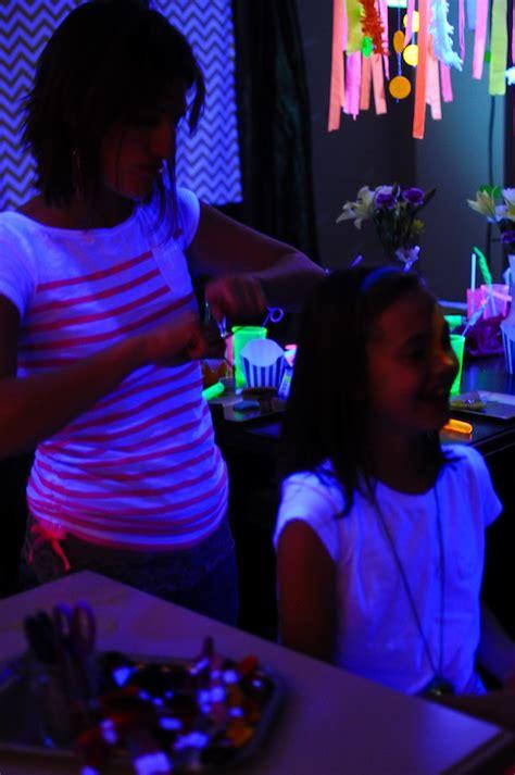 Joey Glow Black american neon