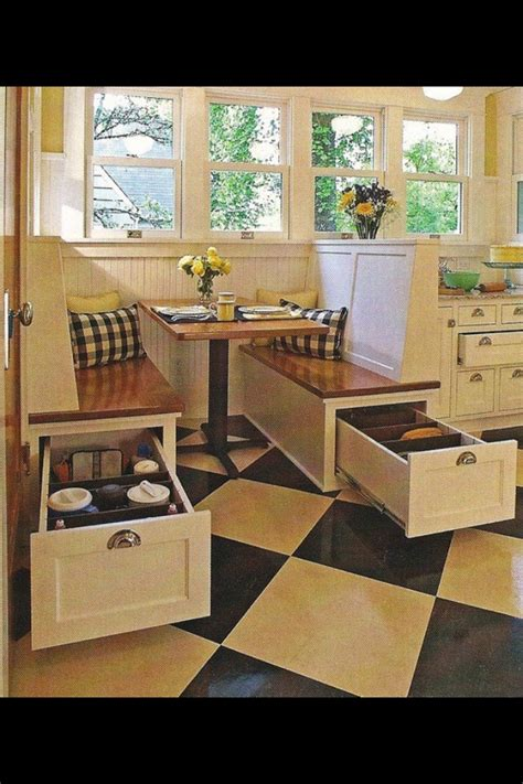kitchen booths for small spaces ideas 132 best images about built in banquette breakfast nooks