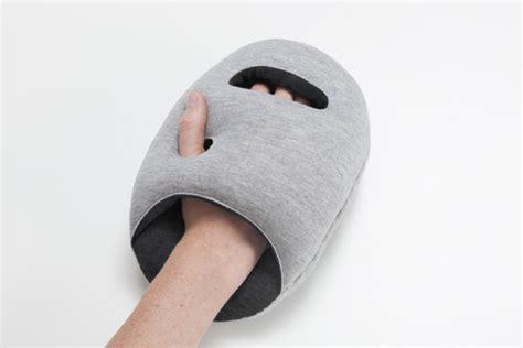 Diy Ostrich Pillow by Ostrich Pillow Les Coussins De Sieste Par Le Studio Banana