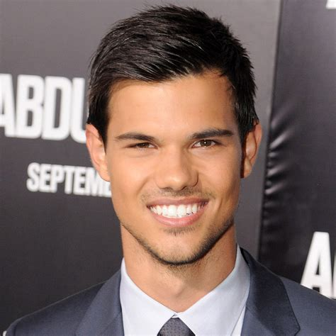 taylor lautner interview on breaking dawn and brad pitt popsugar celebrity
