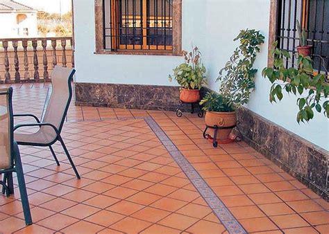 ceramicas para patios exteriores arte y jardiner 205 a empresa suelos cer 193 micos r 218 sticos de