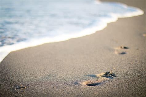 Imagenes Hd Vacaciones   fondo de pantalla de playa arena huellas verano