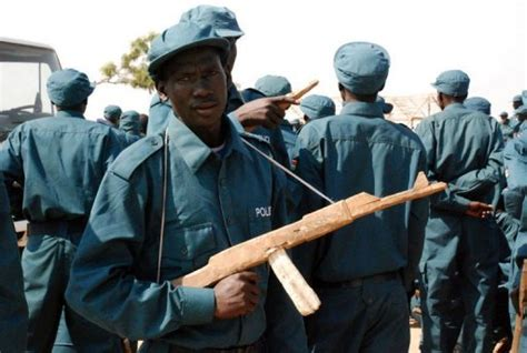 south sudan police lakes sends home a volunteer police unit over lack of