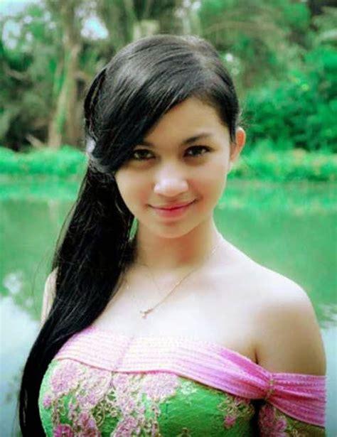 cerita pembantu manis foto ariel tatum biografi dan profil lengkap gambar photo