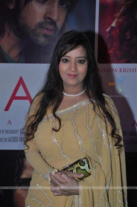 actress sheela sharma photos sheela sharma saree pics veethi