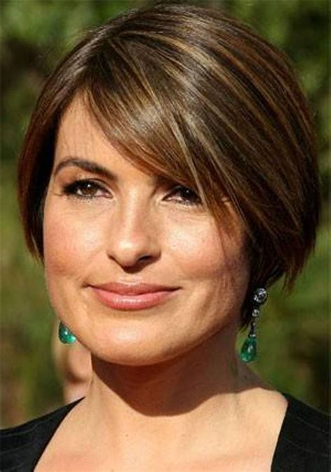 mariska hargitay short hairstyles front and back views 17 best images about hair on pinterest medium short hair