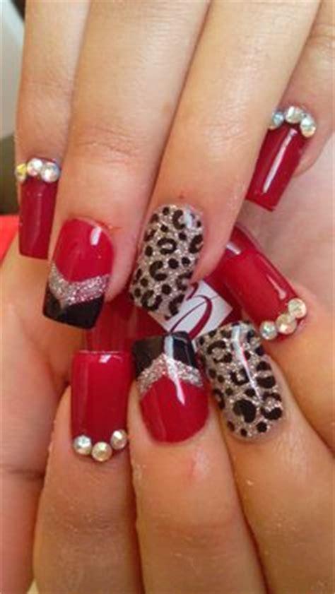 imagenes de uñas decoradas para 15 años u 241 as acrilicas rojas decoradas con piedras
