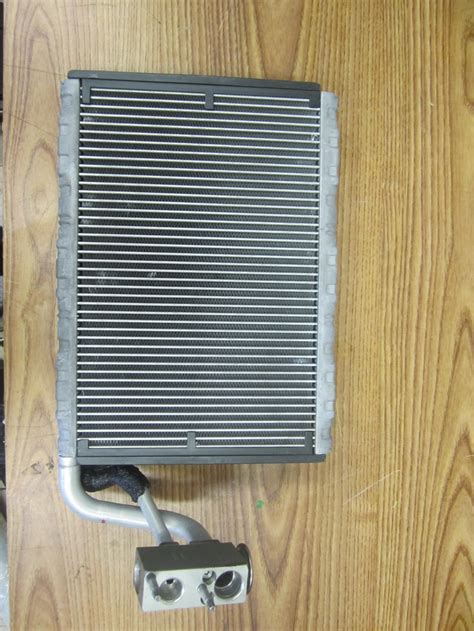 automobile air conditioning service 1991 mercedes benz s class spare parts catalogs mercedes benz ac air conditioning evaporator core expansion valve 2128300284 used auto