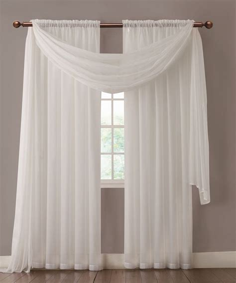 white sheet curtains 1000 ideas about white sheer curtains on pinterest