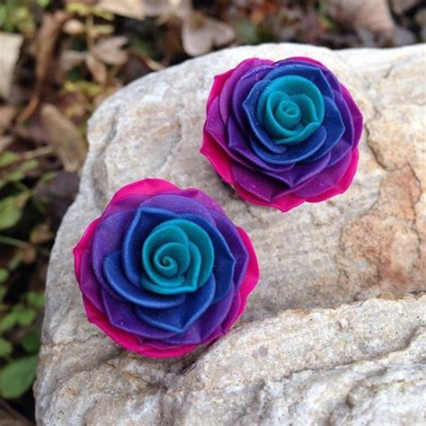Rosebuds For Your Ears by 25 Best Ideas About Gauges On Ear Gauges