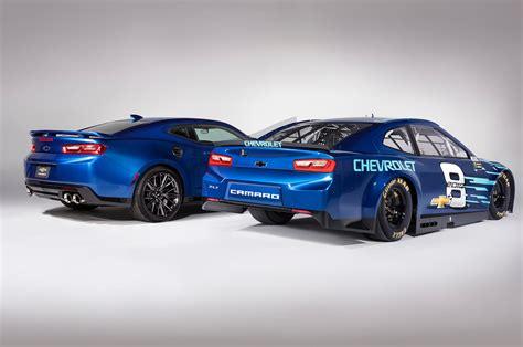 chevrolet s nascar race car will look like a camaro