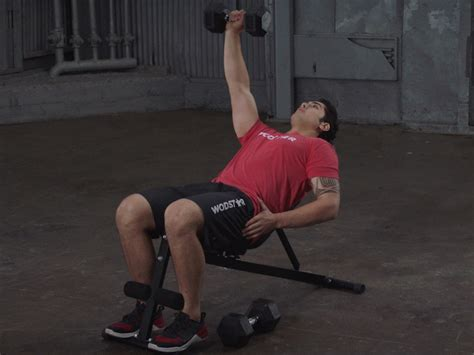 single arm incline db bench press how to do a single arm incline dumbbell bench press wodstar