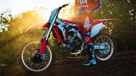 honda motocross bikes honda unveils crf250r dirt bike the drive