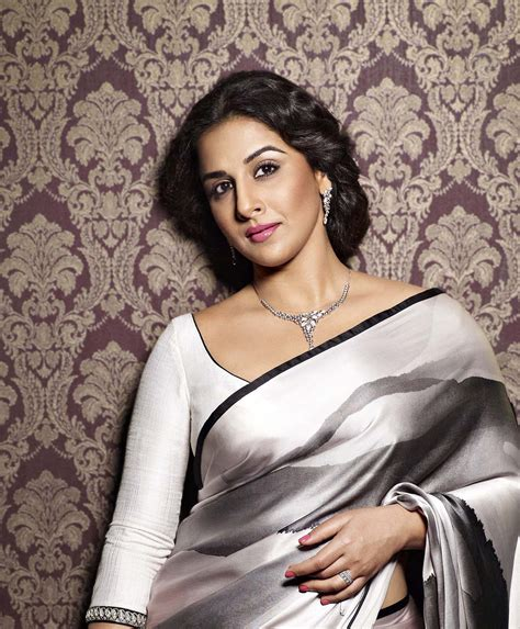 Vidya Balan   Bollywood   Actress Wallpapers Download FREE