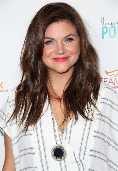 tiffani thiessen tiffani thiessen at raising the bar to end parkinson s