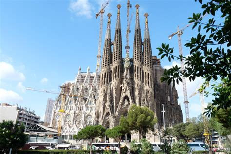barcelona or madrid which is better to visit top 10 places to visit in spain nuyin travel
