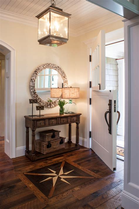 How To Decorate Front Entrance Table