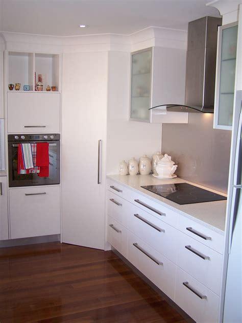 Corner Pantries by 100 0341 Jpg 1932 215 2576 Kitchens Kitchen Doors