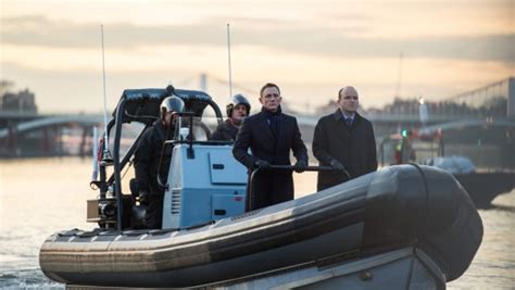 thames river james bond licence to thrill tour james bond thames river cruise