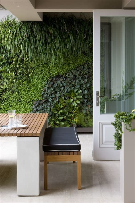 living garden walls best 25 vertical gardens ideas on succulent