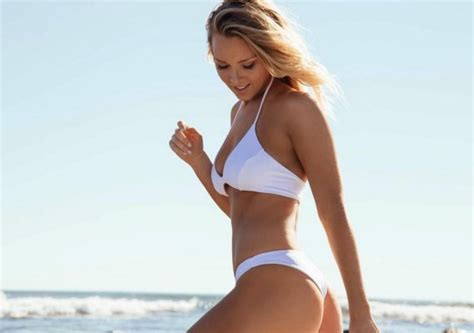 camille kostek patriots cheerleader view image former patriots cheerleader camille kostek may have split