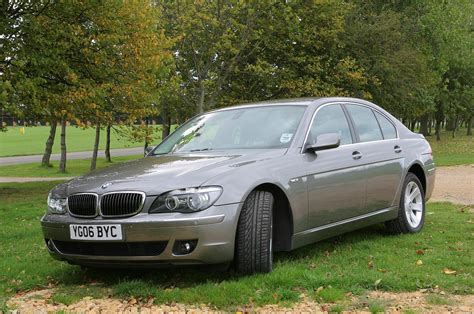 Bmw 7 Series Cost by Bmw 7 Series Saloon 2002 2008 Running Costs Parkers