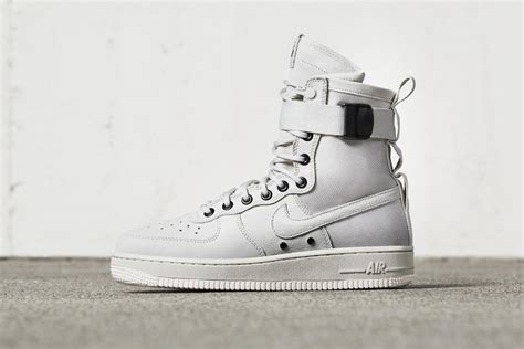 Sepatu Nike Air 1 Special Field Mid White Premium Quality nike special field air 1 the awesomer