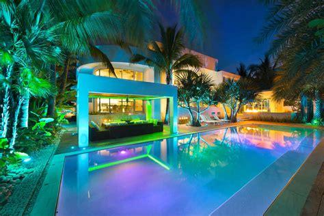 Kitchen Island Decoration breezy home in key biscayne architecture amp design