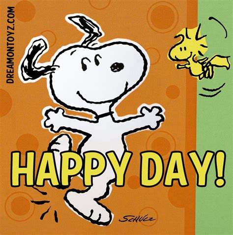 Snoopy Happy Days free graphics pics gifs photographs day graphics and greetings