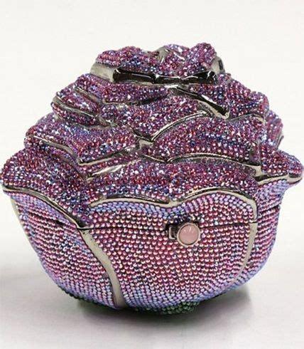 One In The World Judith Leiber Precious by M 225 S De 25 Ideas Incre 237 Bles Sobre Expensive Handbags En