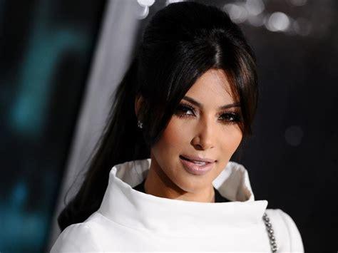 kim kardashian net worth get kim kardashian net worth kim kardashian net worth bio 2017 2016 wiki revised