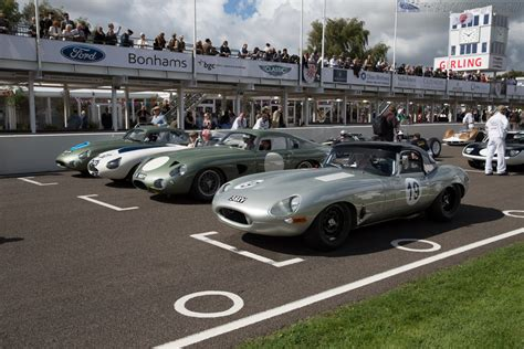 jaguar e type a celebration of the world s favourite 60s icon great cars books jaguar e type chassis 850010 entrant reial auto club