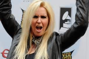lita ford accuses ex husband of brainwashing their