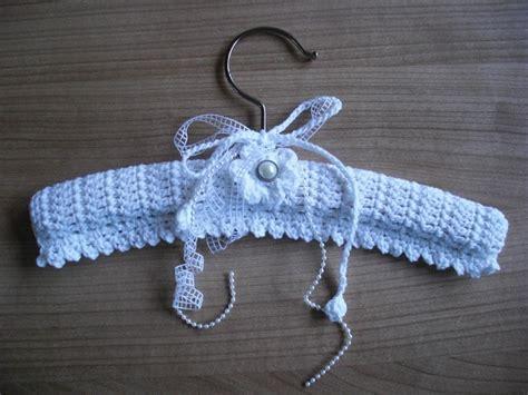 pattern for crocheted clothes hangers 107 beste afbeeldingen over haken hangers crochet hangers
